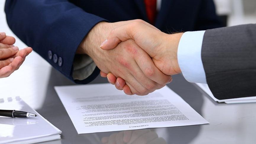 Alacak ve tazminata ilişkin ticari uyuşmazlıklarda dava şartı haline getirilen arabuluculuk, 1 Ocak 2019'dan itibaren uygulanmaya başlanacak.